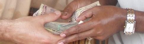 Les opérations non déclarées ou illicites font souvent l'objet de paiements en liquide. (photo © GPouzin)