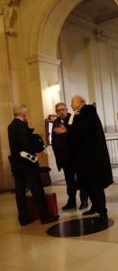 Guillaume Hannezo, l'ex-directeur financier de Vivendi, à la sortie de l'audience devant la 5ème chambre correctionnelle de la Cour d'appel de Paris en novembre 2013. (photo © GPouzin)