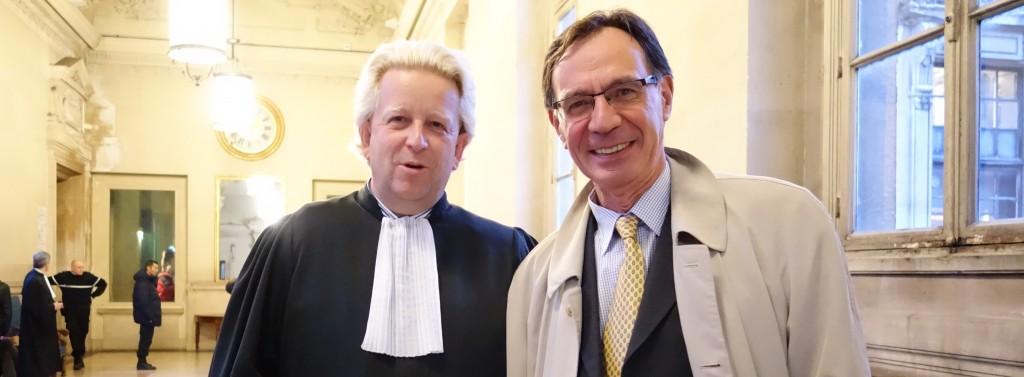 Maître Pascal Lavisse, avocat de l'Association des petits porteurs actifs (APPAC) et son président, Didier Cornardeau.  (photo © GPouzin)