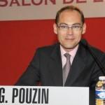 Gilles Pouzin anime une conférence sur les placements au Palais des Congrès de Paris, porte Maillot, dans le cadre du Forum de l'investissement.