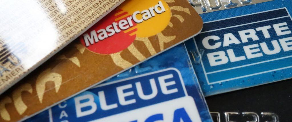 La plupart des détenteurs de cartes bancaires disposent d'une assistance-rapatriement incluse dans leur cotisation, couvrant leur famille, même si le séjour n'a pas été payé avec leur carte. Relisez votre contrat (photo © GPouzin)