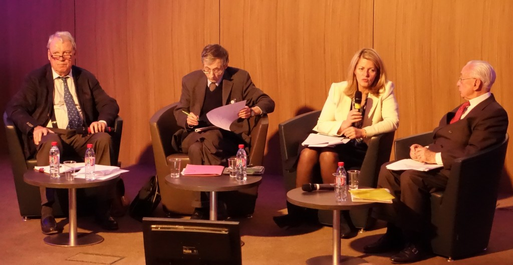 """Le débat """"Réussir l'Union bancaire"""" organisé par le Centre des professions financières, était l'occasion pour les lobbies bancaires de dénigrer les réglementations de leurs risques. (photo © GPouzin)"""
