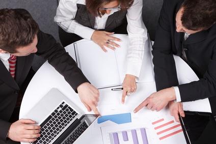 Les gagnants de la bataille boursière : au moins six banques, trois cabinets d'audit, un consultant en stratégie, trois conseils en communication et deux avocats se sont penchés sur le dossier.