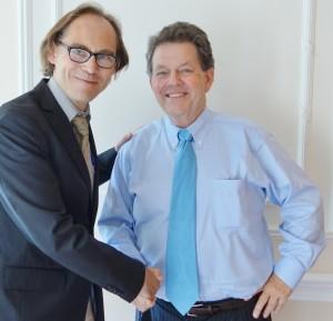 Gilles Pouzin et Arthur Laffer, rencontre à Londres en juillet 2014.