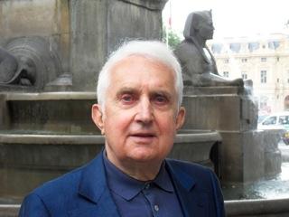 """En interpellant depuis plus de vingt ans les dirigeants des multinationales, après avoir disséqué leurs comptes, Louis Bulidon, actionnaire individuel activiste, est devenu un véritable """"Poil à gratter du CAC 40""""."""