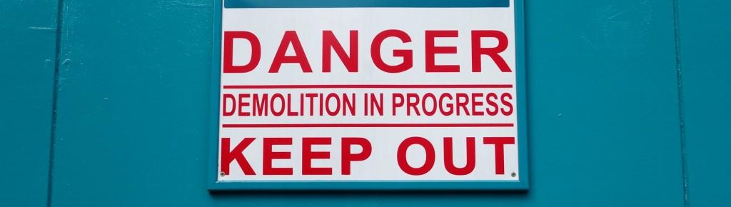 Sous un faux prétexte d'adaptation au droit européen, le lobby des assureur s'est fait voter une loi rabotant la protection des souscripteurs d'assurance vie, en totale contradiction avec les directives qu'elle prétend transposer en France. (photo © GPouzin)