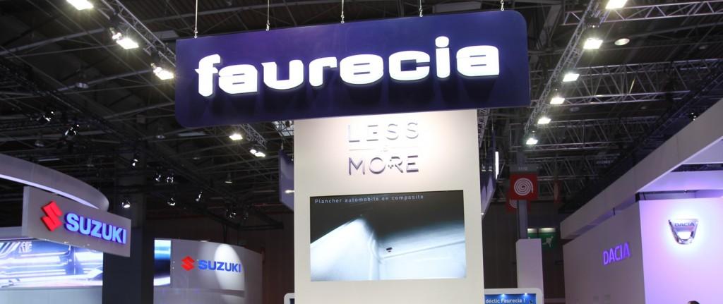 Faurecia présent au Mondial de l'automobile d'octobre 2014 parmi les grandes enseignes du secteur. C'était deux  mois avant que ne tombe la sanction de l'AMF ( photothèque Faurecia)