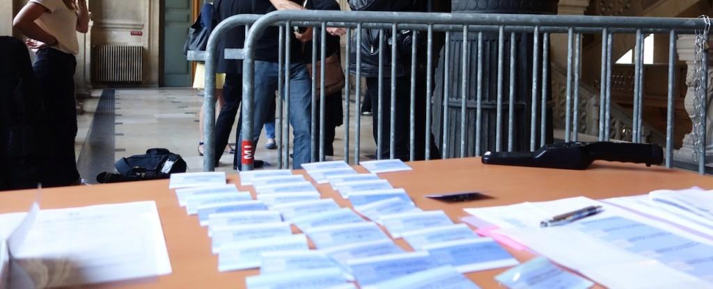 Avec son accusé de haut rang (un responsable de l'Elysée devenu président des Caisses d'épargne Banques populaires) et ses témoins de marque (l'ex-bras droit de Sarkozy, le patron de la Banque de France), le procès de François Pérol est une plongée au coeur du pouvoir politico-fiancier. (photo © GPouzin)